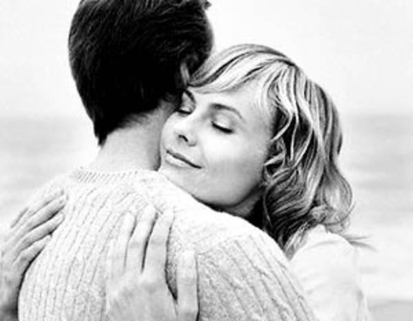 Хорошего человека и обнять приятно! Источник: newsmir.info