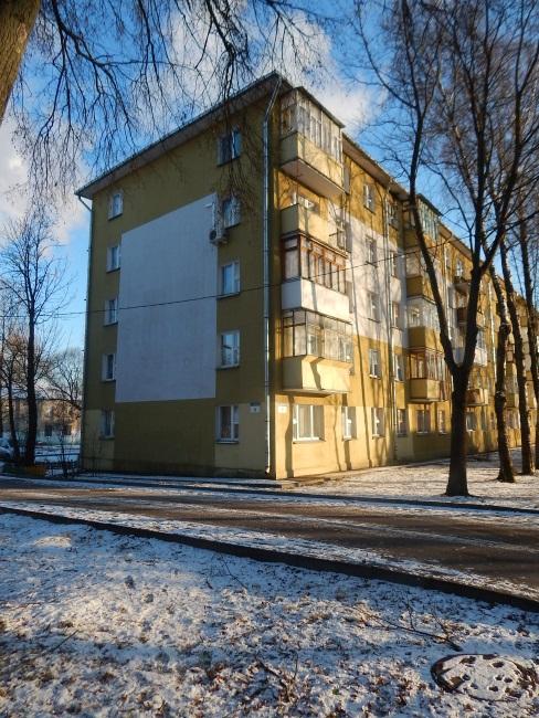 Единственный жилой дом в переулке