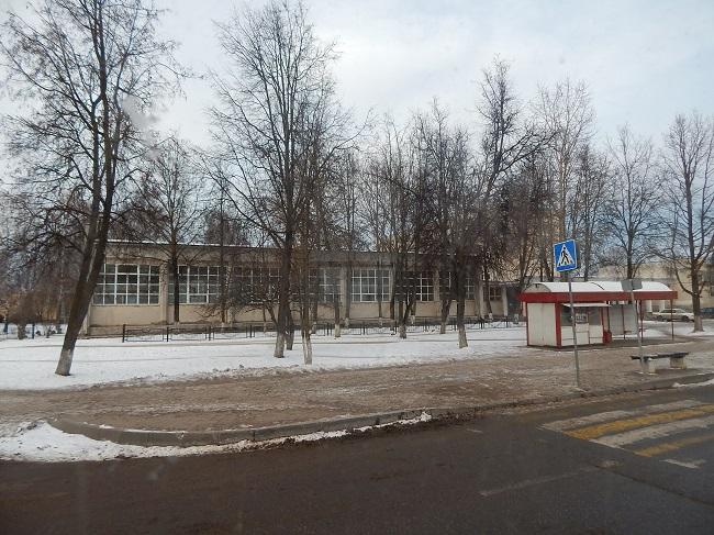 Автобус пересекает Чапаева и Лазо