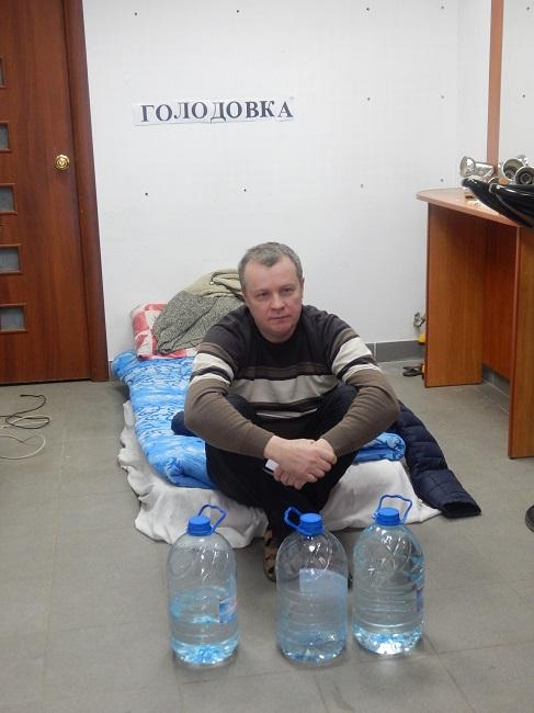Онар Иванов отчаялся искать правду. Фото Евгении Москвиной