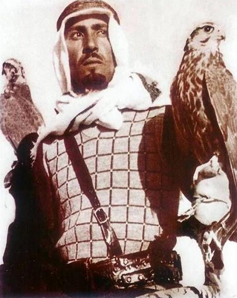 Король Абдалла в молодости на соколинной охоте. Источник: ru.wikipedia.org
