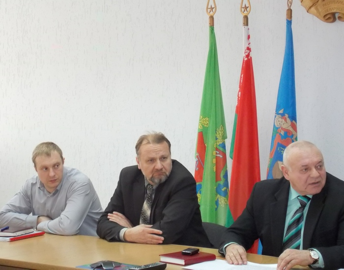 Представители комиссии. Крайний справа - председатель Анатолий Кондратович