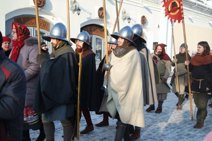 В параде принимали участие самые разные персонажи