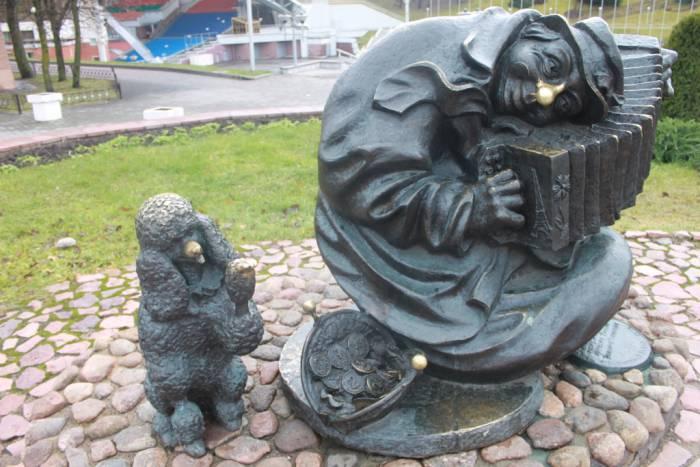 скульптура клоуна, амфитеатр, Витебск