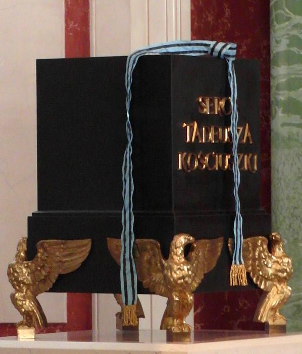 Саркофаг с сердцем Тадеуша Костюшко. Хранится в Королевском дворце в Варшаве. Фото ru.wikipedia.org
