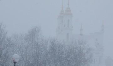 мост тысячелетия, Воскресенская церковь, снегопад 18 марта в Витебске