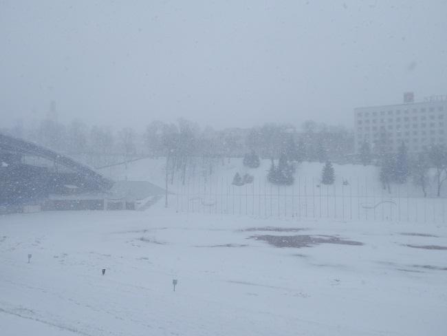 летний амфитеатр, витебск, снегопад 18 марта