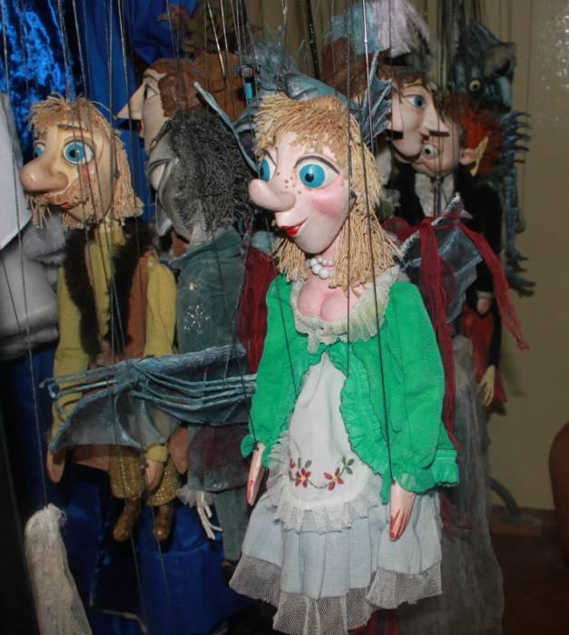 """театр """"Лялька"""", лялькі"""