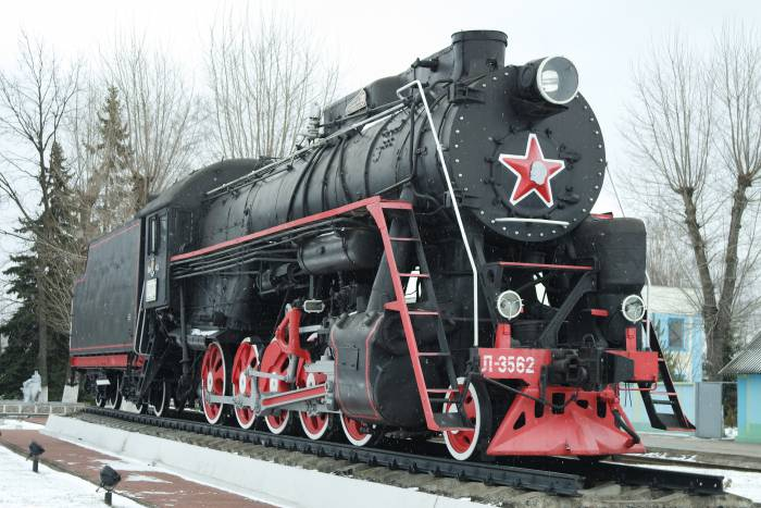Впереди хорошо различается профиль Ленина. Фото Анастасии Вереск