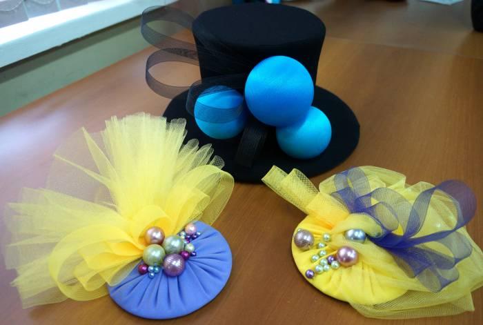 """Шляпки, созданные юными модельерами театра моды """"Диво"""". Фото Алена Евдокимова"""