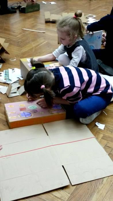 Как и учил Шагал, красок не жалеем! Фото: Аля Покровская