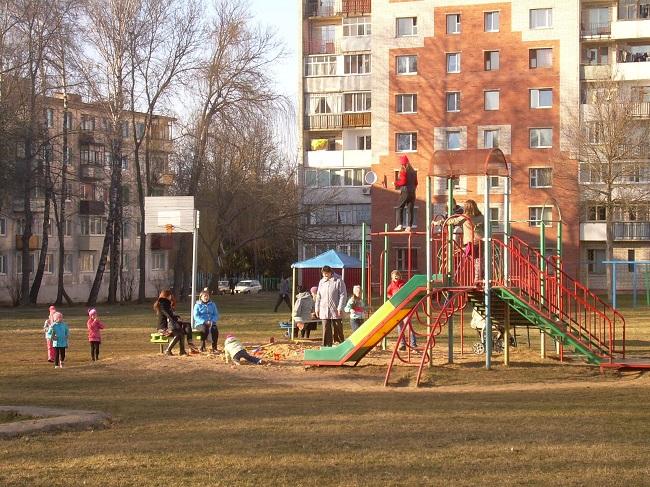 московский проспект, дом №26, детская площадка