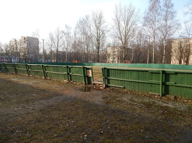 детская площадка, футбольное поле, школа №25 в Витебске