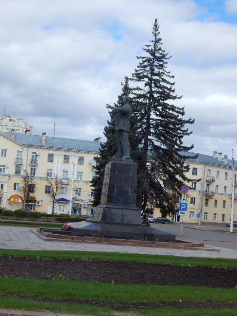 памятник Ленину, Витебск, площадь Ленину