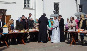 покровский храм, пасха, освящение куличей