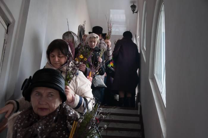 Прихожане. Фото Анастасии Вереск