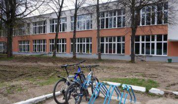 В рамках проекта по энергосбережению в колледже машиностроения имени М.Шмырева было заменено колоссальное количество рам. Фото Алена Евдокимова