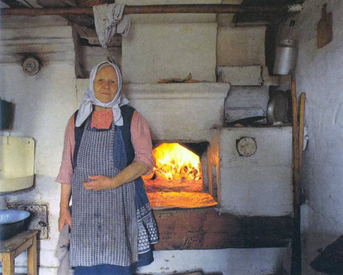 Наши бабушки умели готовить в печке так, как это не сделает ни одна современная мультиварка. Фото holy-matrix.ru