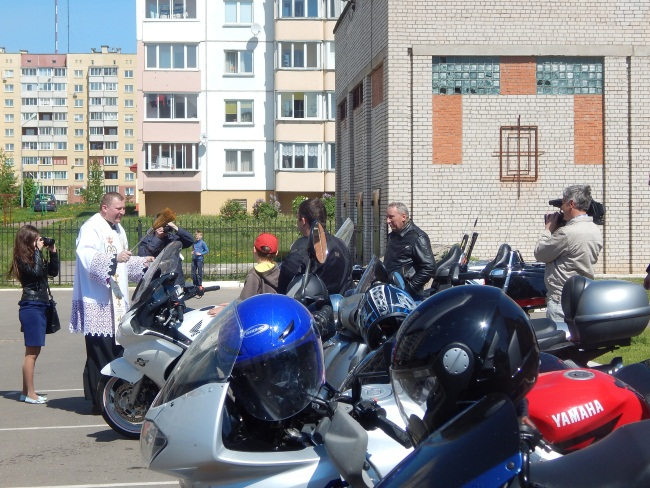 байкеры, с Богом по дорогам, освящение мотоциклов