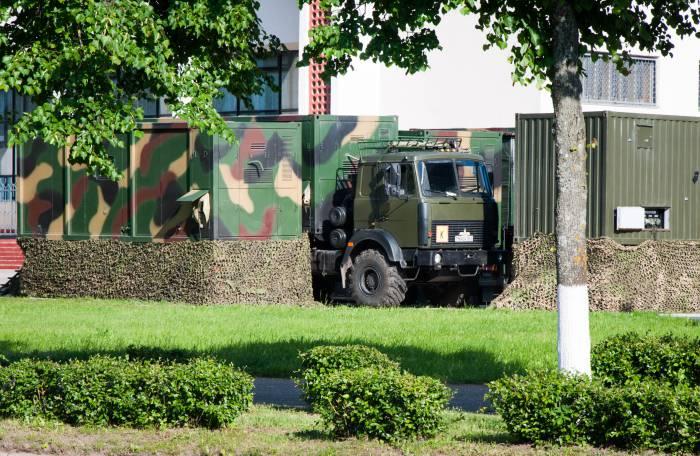 Как спрятать военную технику в маленьком городе. Фото Анастасии Вереск