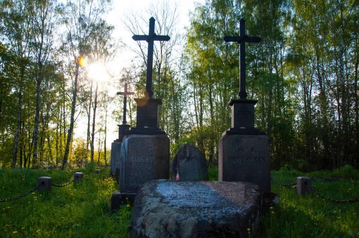 Могила Томаша Зана в Смолянах. Фото Анастасии Вереск