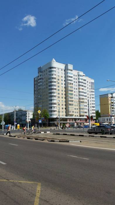 Высотки атаковали не только спальные районы, но и центр города. Фото: Аля Покровская