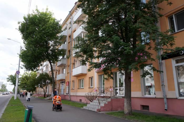 Квартиры в старых домах по проспекту Черняховского подешевели фактически в два раза. Фото Алена Евдокимова
