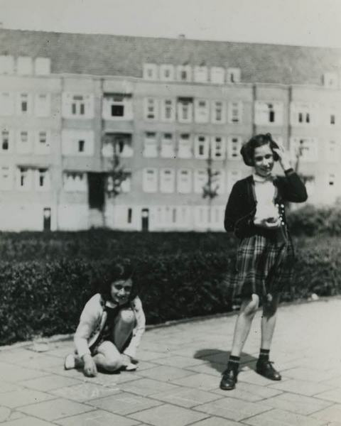 Франк, антисемитизм, Холокост, Корженевский