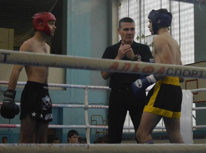 Кто сильнее - ребята выясняли на ринге. Фото из личного архива Олега Головинца