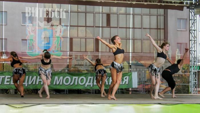 Огонь танца, молодежь,танец,площадь Победы