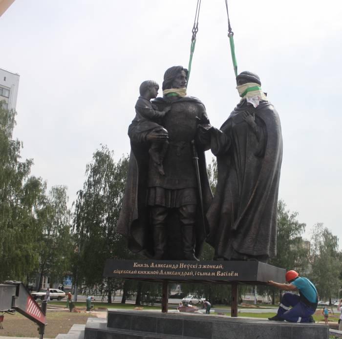 витебск, памятник, невский