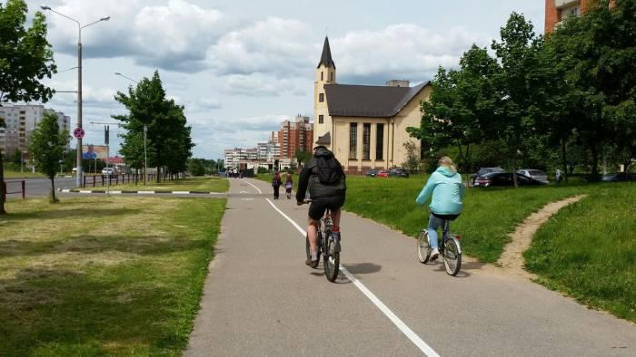 И велосипедисты колесят, где хотят... Фото: Аля Покровская