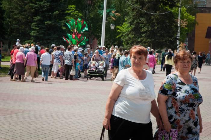 Зрители покидают площадь. Фото Анастасии Вереск