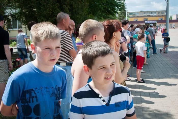Дети радовались яркому событию. Фото Анастасии Вереск