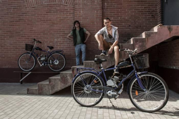 Вокруг Беларуси на велосипедах с моторами, велосипеды, молодежь