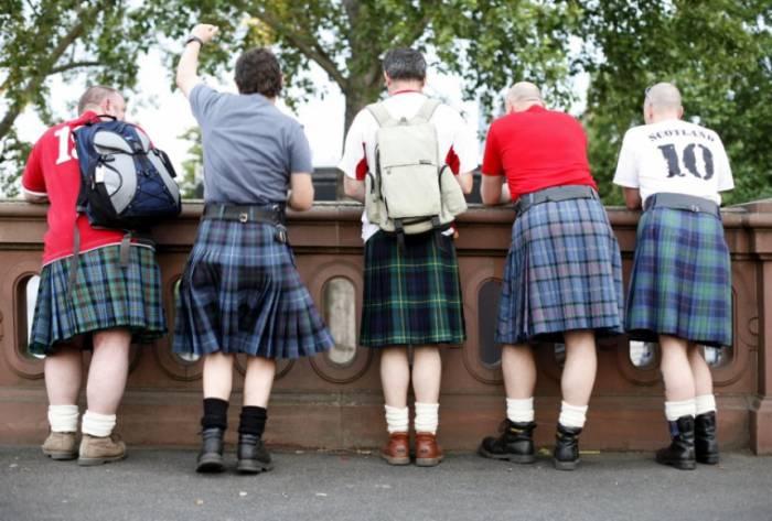Китл - традиционная одежда для шотландцев. Источник morning-news.ru