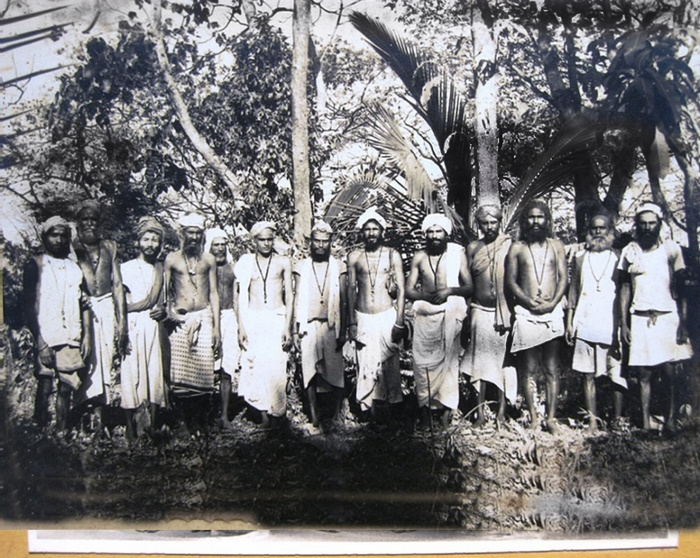 Натхи, традиция, традиционализм, Корженевский