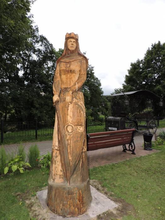 витебск, княгиня Ольга, деревянная скульптура