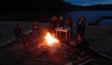 лагерь дружба, костер