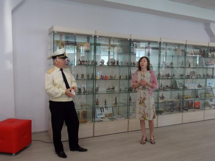 Горбунов, Комендантова, библиотека, Витебск, пластика, миниатюра