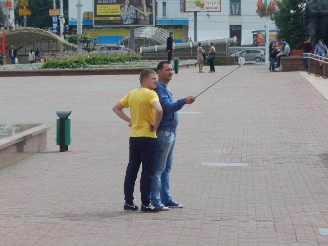 селфи, туристы, площадь победы