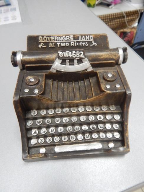 копилка, печатная машинка