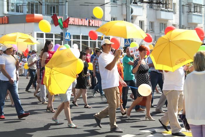 витебск, зонты, жара, лето