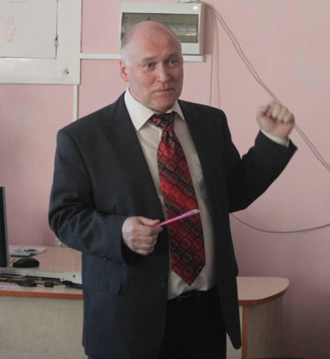 лисов александр, искусствовед