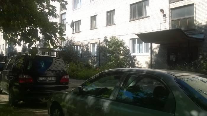 Во дворе дома на улице Энергетиков, 12. Фото Анастасии Вереск