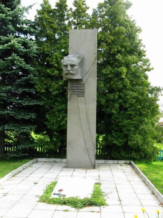 Памятник Игнату Терентьевичу на месте его захоронения. Фото venividi.ru