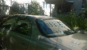 """Автомобильные антенны часто страдают от """"очумелых ручек"""" уличных хулиганов. Фото Анастасии Вереск"""