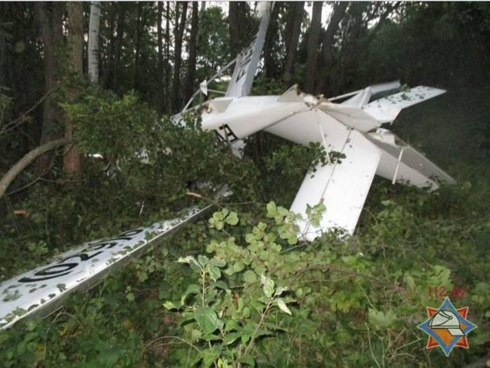 В Браславском районе разбился гидросамолет-амфибия, погиб пассажир. Фото: 112.by.