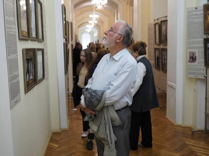 открытие выставки «Венценосная Семья. Путь Любви»