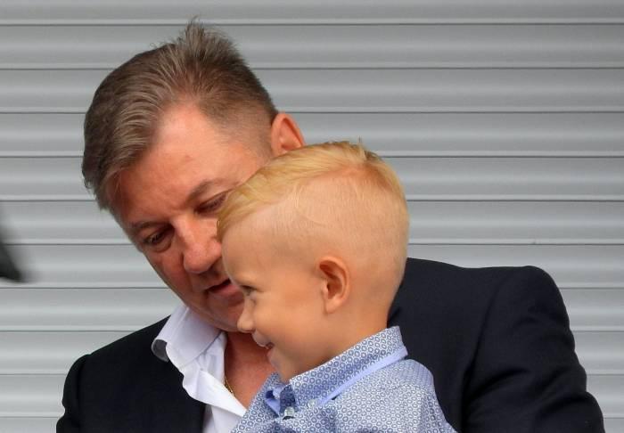 Николай Мартынов и внук Никита